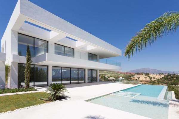 6 Bedroom6, Bathroom Villa For Sale in Los Flamingos, Benahavis