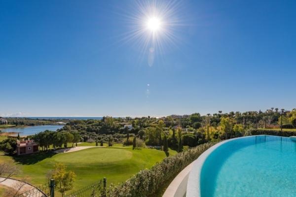 4 Bedroom, 5 Bathroom Villa For Sale in Los Flamingos, Benahavis