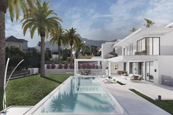 5 Bedroom7, Bathroom Villa For Sale in Villa Egret, Los Flamingos, Benahavis