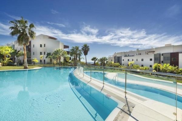 Apartment in Residencial Hoyo 19 Los Flamingos, Benahavis