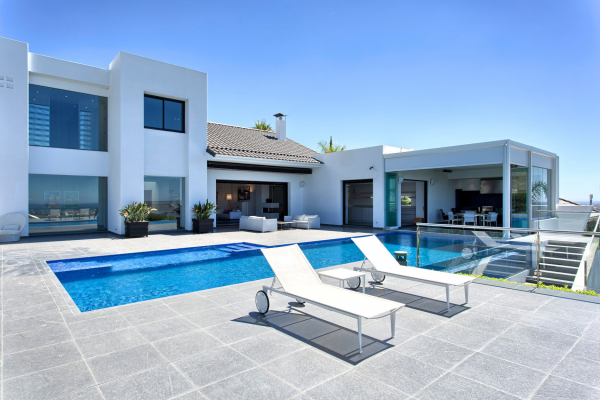 5 Bedroom, 5 Bathroom Villa For Sale in Los Flamingos Golf, Benahavis