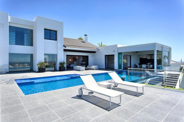 5 Bedroom5, Bathroom Villa For Sale in Los Flamingos Golf, Benahavis