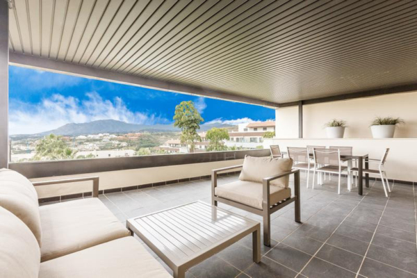 1 Bedroom, 1 Bathroom Apartment For Sale in Benahavis