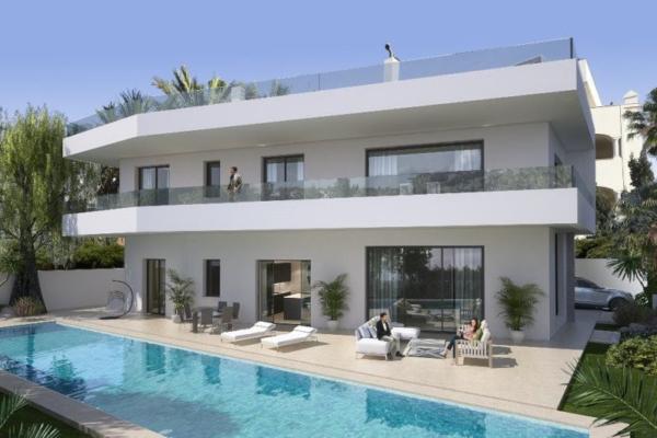 5 Bedroom, 5 Bathroom Villa For Sale in Casablanca, Golden Mile